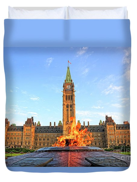Ottawa Parliament Hill With Centennial Flame Duvet Cover
