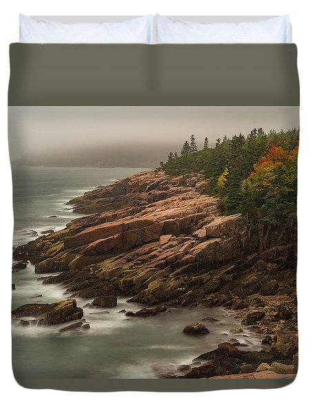 Duvet Cover featuring the photograph Otter Cliffs by Gary Lengyel