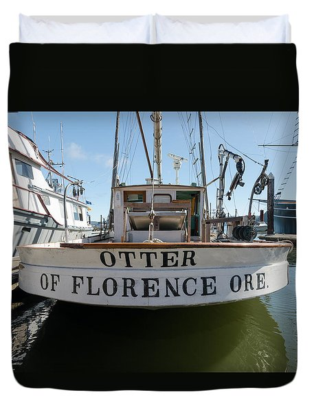 Otter Of Florence Duvet Cover