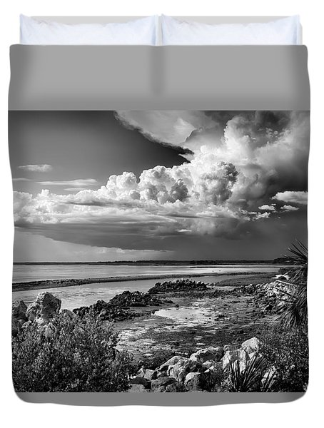 Duvet Cover featuring the photograph Out To Sea by Howard Salmon