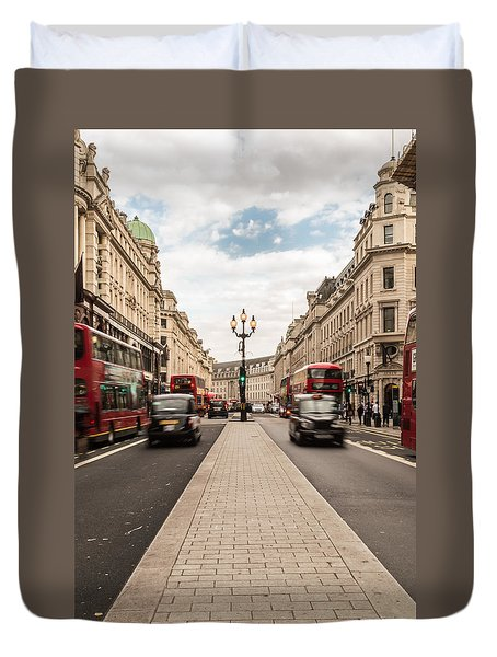 Oxford Street In London Duvet Cover