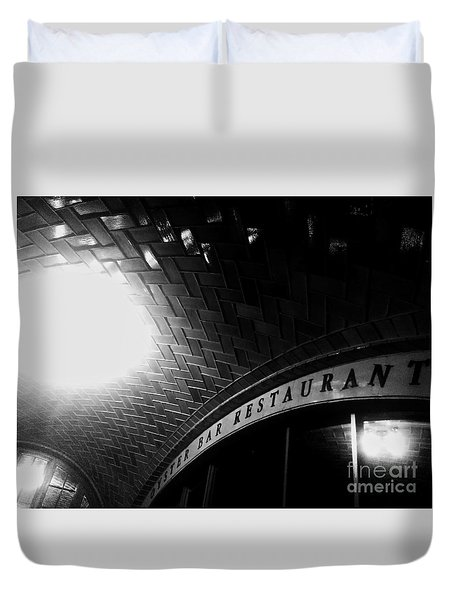 Oyster Bar At Grand Central Duvet Cover by James Aiken