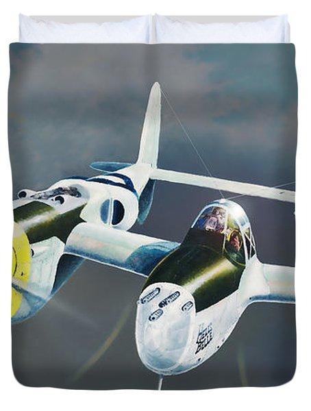 P-38 On The Prowl Duvet Cover by Douglas Castleman