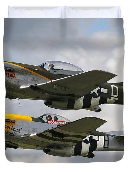 P51 Mustangs Duvet Cover by Ken Brannen