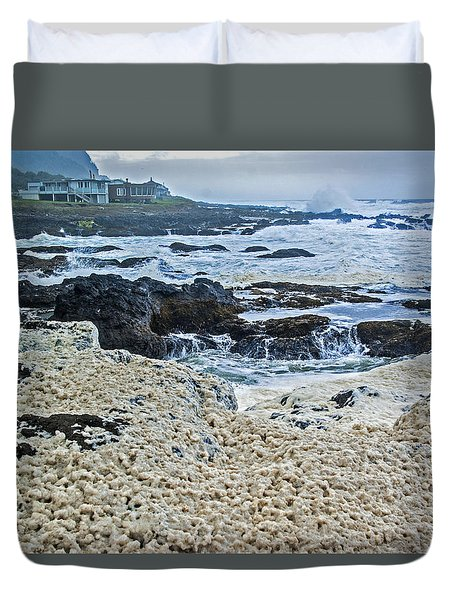 Duvet Cover featuring the photograph Pacific Gift by Dale Stillman
