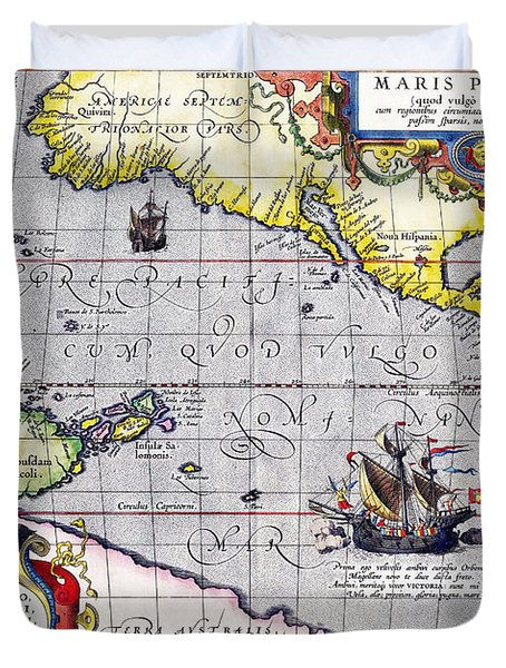 Pacific Ocean Vintage Map Duvet Cover