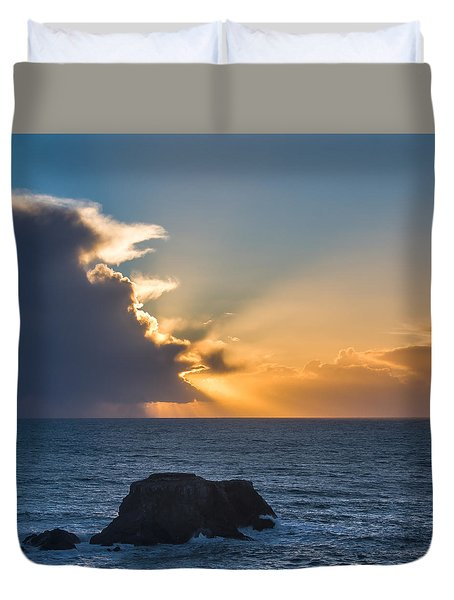 Pacific Sunset Following Afternoon Storms Duvet Cover