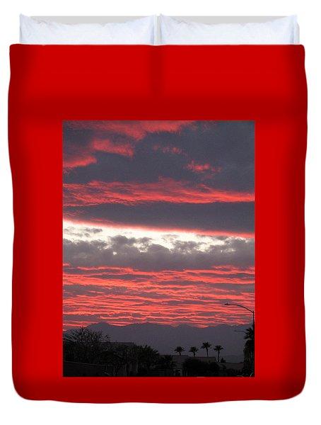 Duvet Cover featuring the photograph Palm Desert Sunset by Phyllis Kaltenbach
