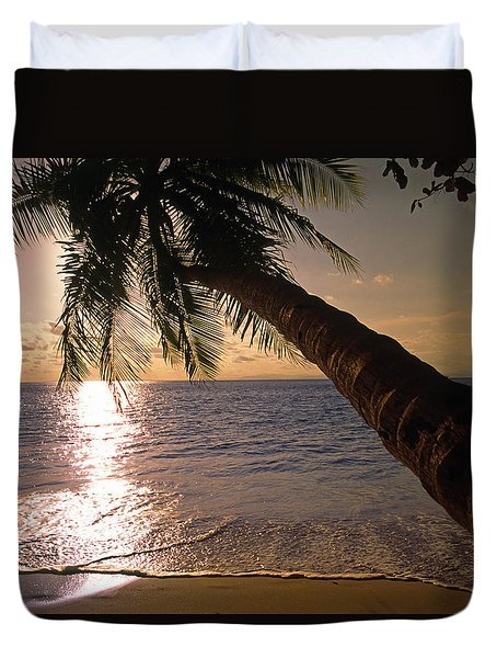 Palm Tree Over The Beach In Costa Rica Duvet Cover