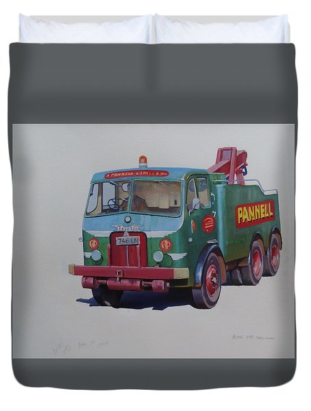 Duvet Cover featuring the painting Pannell Leyland Wrecker. by Mike Jeffries