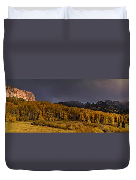 Panorama Of Owl Creek Pass From Silver Jack Reservoir Duvet Cover