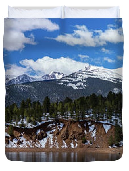 Panorama Of South Catamount Reservoir With Pike's Peak Covered I Duvet Cover
