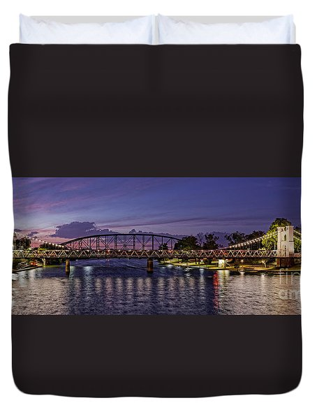 Panorama Of Waco Suspension Bridge Over The Brazos River At Twilight - Waco Central Texas Duvet Cover