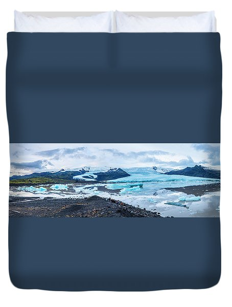 Panorama View Of Icland's Secret Lagoon Duvet Cover by Joe Belanger