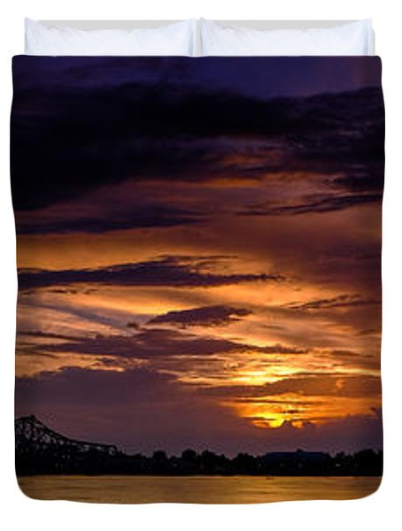 Panoramic Sunset At Natchez Duvet Cover