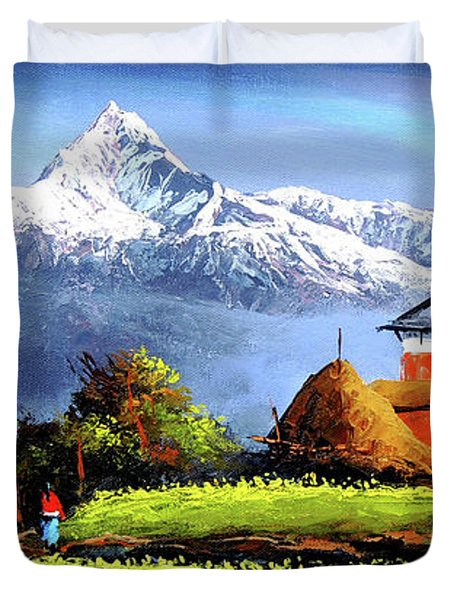 Panoramic View Of Beautiful Everest Mountain Duvet Cover