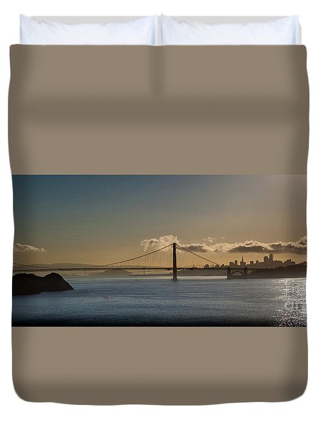 Panoramic View Of Downtown San Francisco Behind The Golden Gate  Duvet Cover
