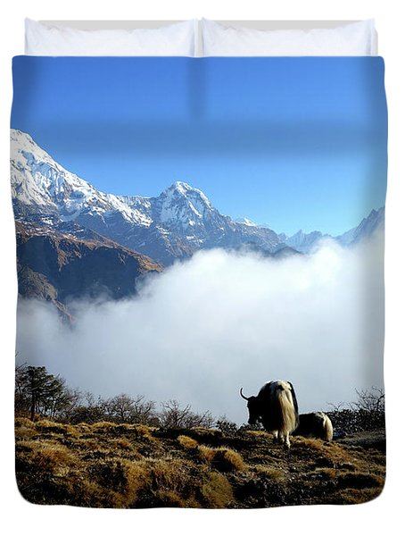 Panoramic View Of Everest Mountain Nepal Duvet Cover