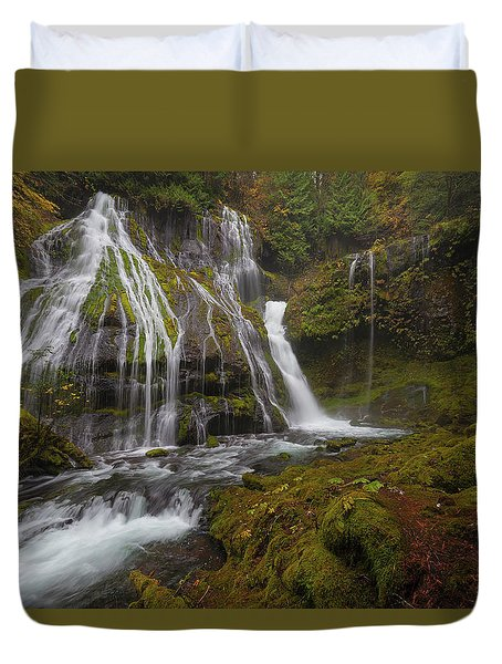 Panther Creek Falls In Autumn Duvet Cover by David Gn