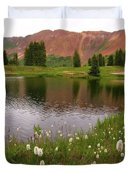 Duvet Cover featuring the photograph Paradise Basin by Steve Stuller