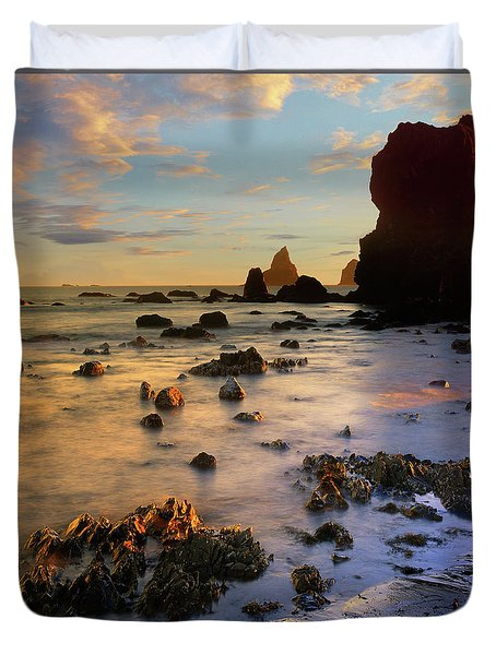 Paradise On Earth Duvet Cover by Tim Fitzharris