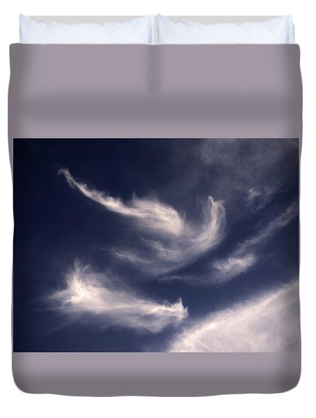 Duvet Cover featuring the photograph Pareidolia by Robert Geary