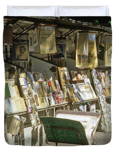 Paris Bookseller Stall Duvet Cover