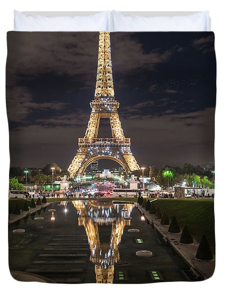 Paris Eiffel Tower Dazzling At Night Duvet Cover by Mike Reid