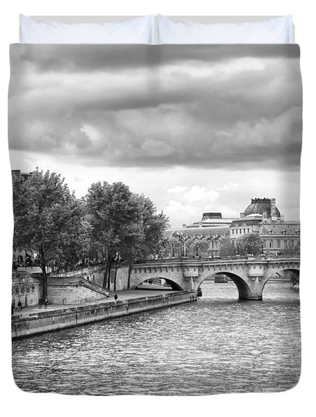 Duvet Cover featuring the photograph Paris In Black And White by Gigi Ebert