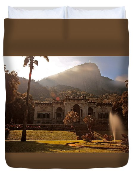 Parque De Lague Duvet Cover by Mark Nowoslawski