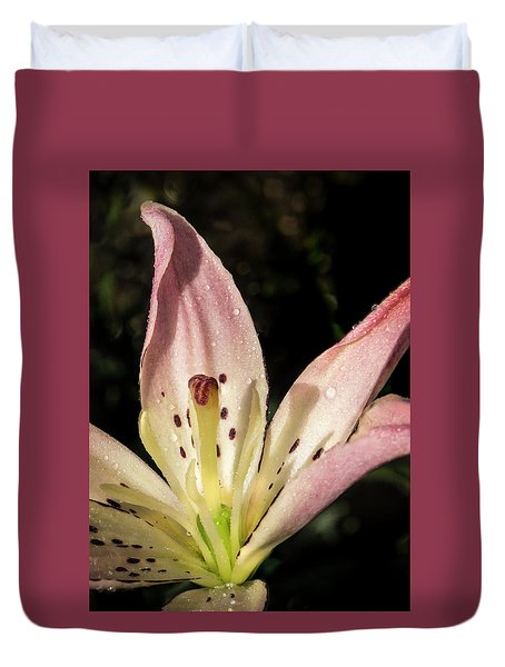 Duvet Cover featuring the photograph Partitioned Lily by Jean Noren