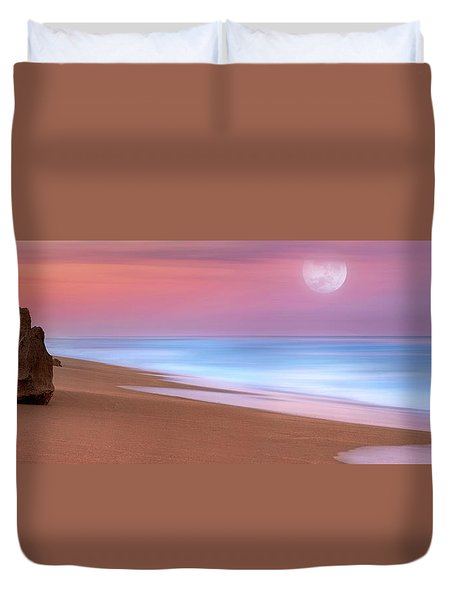 Duvet Cover featuring the photograph Pastel Sunset And Moonrise Over Hutchinson Island Beach, Florida. by Justin Kelefas