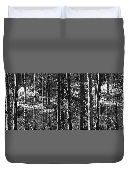 Patchwork Dogwood Panorama Bw Duvet Cover