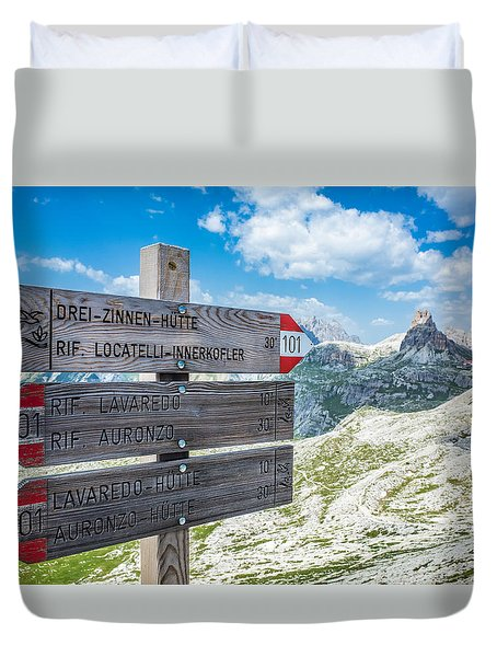 Path Directions Duvet Cover