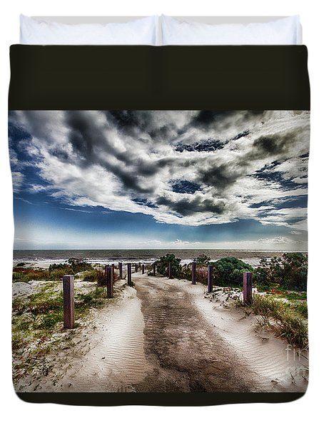 Pathway To The Beach Duvet Cover by Douglas Barnard