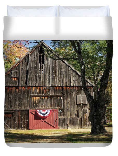 Patriotic Barn Duvet Cover by Nancy De Flon