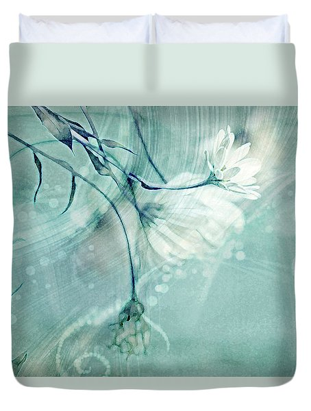 Duvet Cover featuring the photograph Peace And Harmony by Linda Sannuti