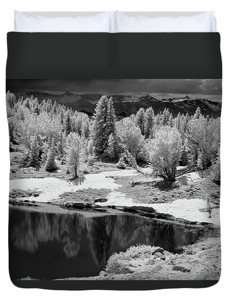 Peaceful Ir Duvet Cover