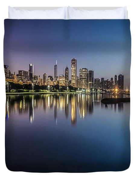 Peaceful Summer Dawn Scene On Chicago's Lakefront Duvet Cover