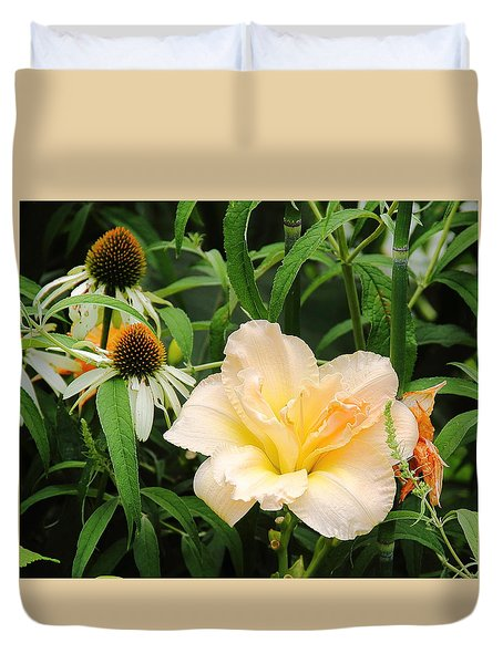 Peach Day Lily Duvet Cover