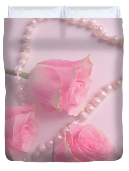 Pearls And Roses Duvet Cover