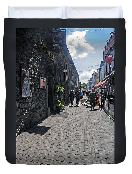 Pedestrian Street In Kilkenny Duvet Cover by Cindy Murphy - NightVisions