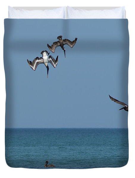 Pelicans Diving Duvet Cover