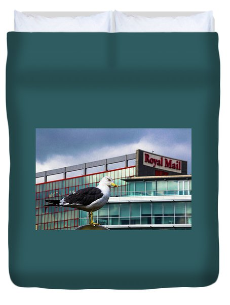 Perched Gull Duvet Cover