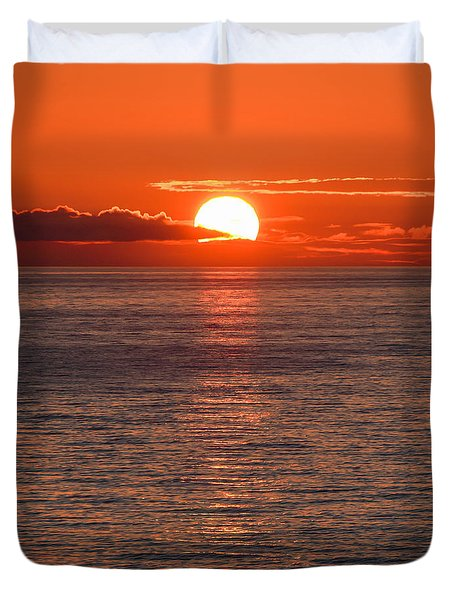 Perfect Duvet Cover by Don Mennig