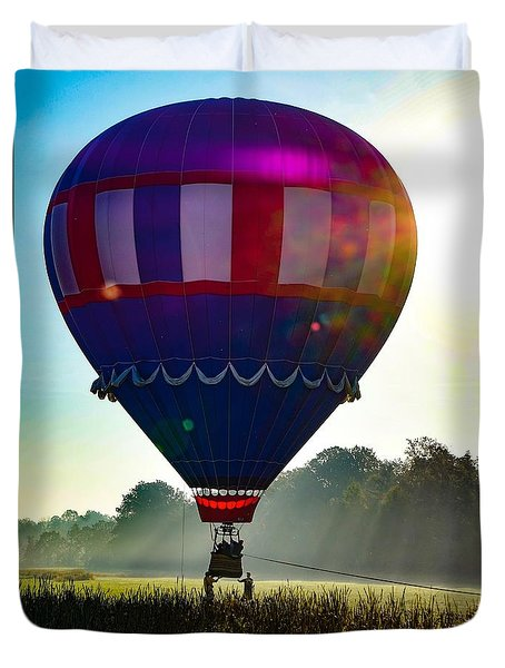 Duvet Cover featuring the photograph Perfect Landing by Kendall McKernon