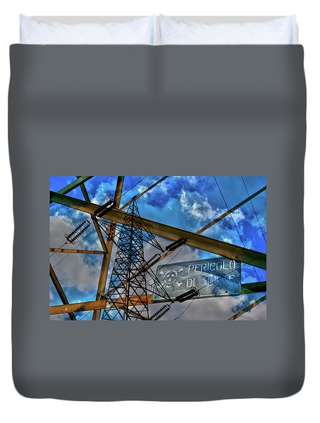 Duvet Cover featuring the photograph Pericolo Di Morte by Sonny Marcyan
