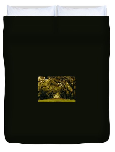 Perplexing Plantation Duvet Cover