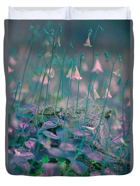 Petites Fleurs Duvet Cover