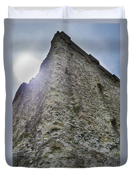 Duvet Cover featuring the photograph Peveril Castle Looking Up by Scott Lyons